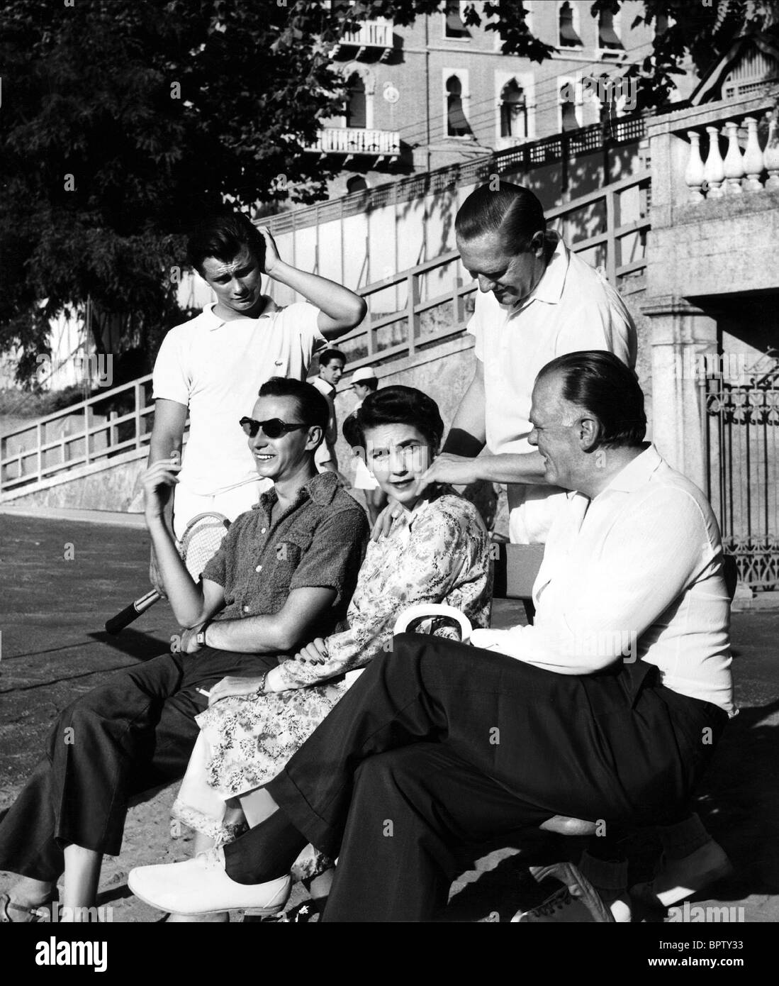 BARBARA HUTTON & GOTTFRIED VON CRAMM HEIRESS WITH HUSBAND 1957