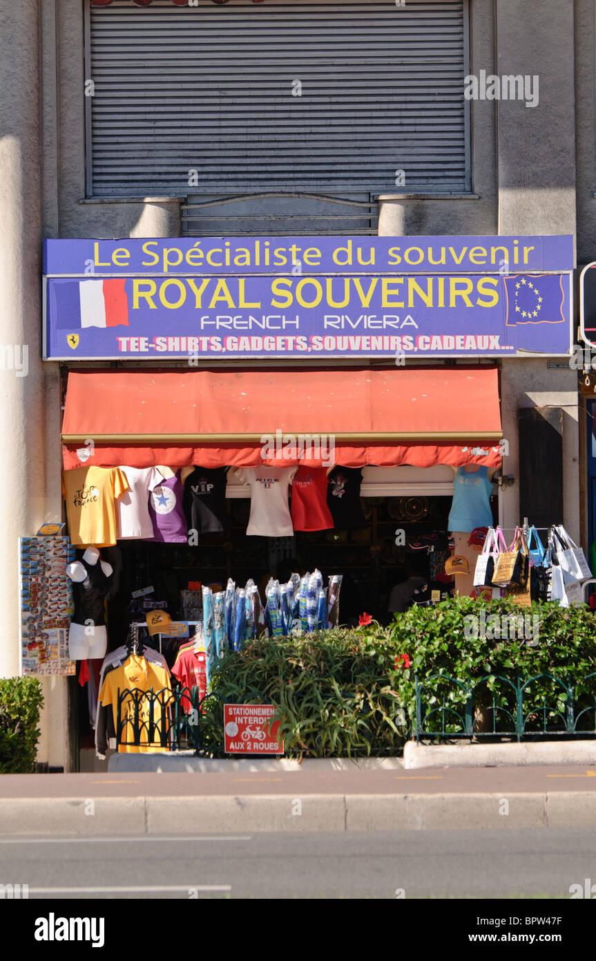 royal souvenirs souvenir shop in nice france stock. Black Bedroom Furniture Sets. Home Design Ideas