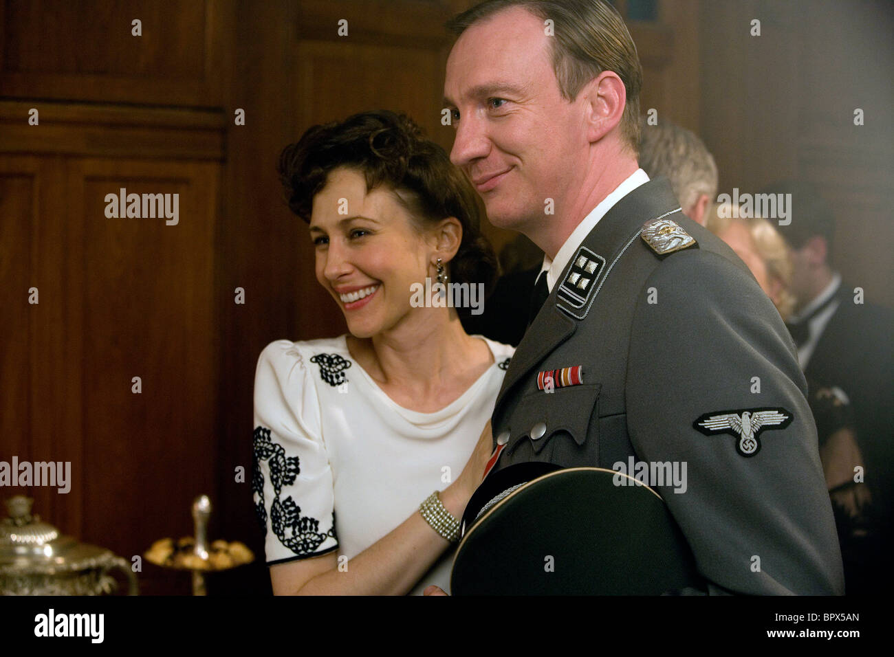 vera stock photos vera stock images alamy vera farmiga david thewlis the boy in the striped pyjamas 2008 stock