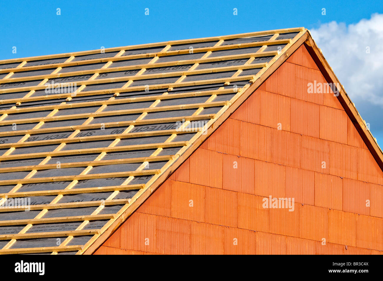 New Bungalow Pitched Roof Construction Showing Softwood Pine Timber Battens    Indre Et Loire, France.
