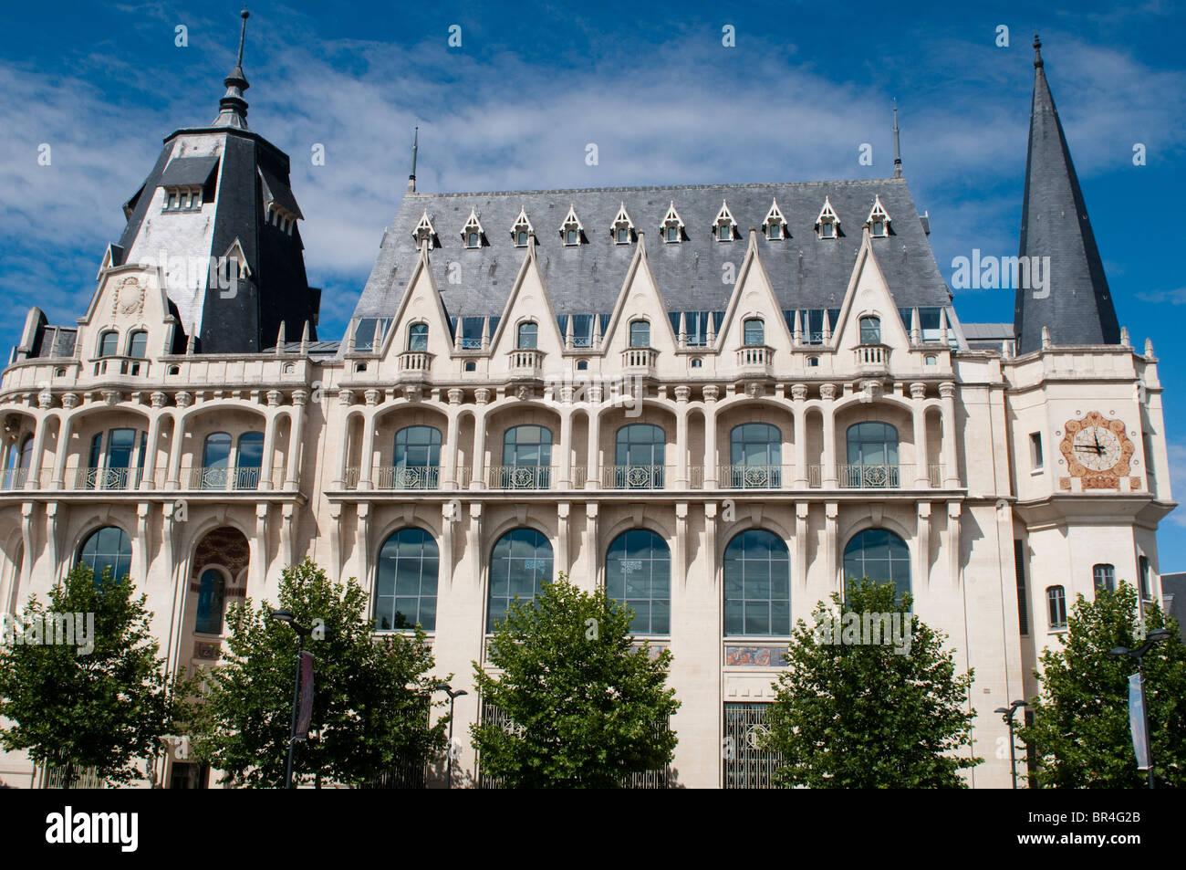 hotel de ville town hall chartres france stock photo. Black Bedroom Furniture Sets. Home Design Ideas