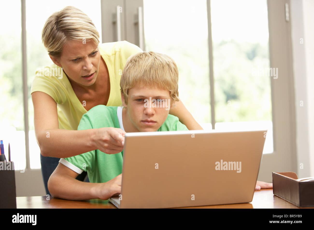 Сын пользуется матерью 8 фотография
