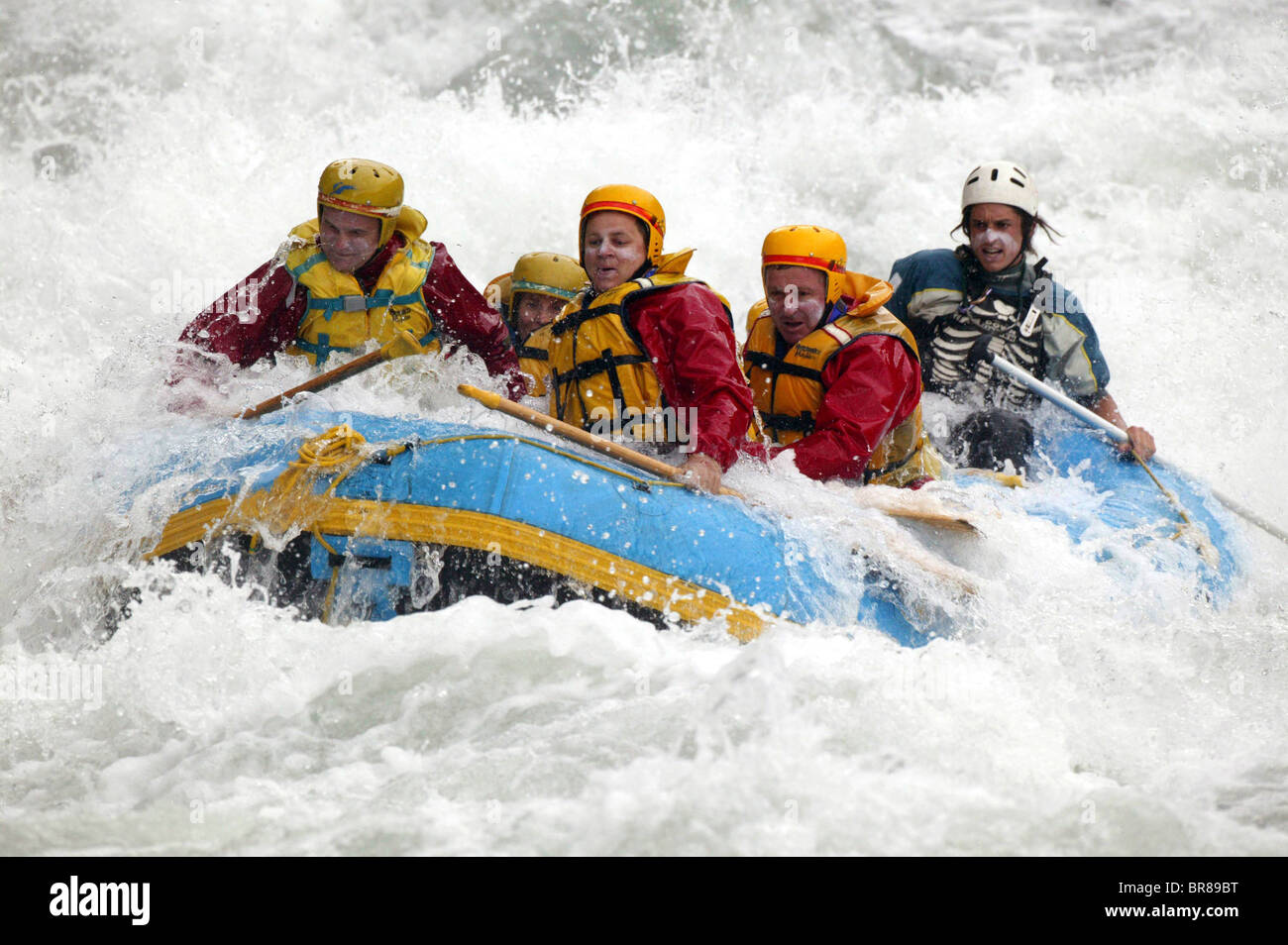 white water rafting shotover river queenstown new. Black Bedroom Furniture Sets. Home Design Ideas