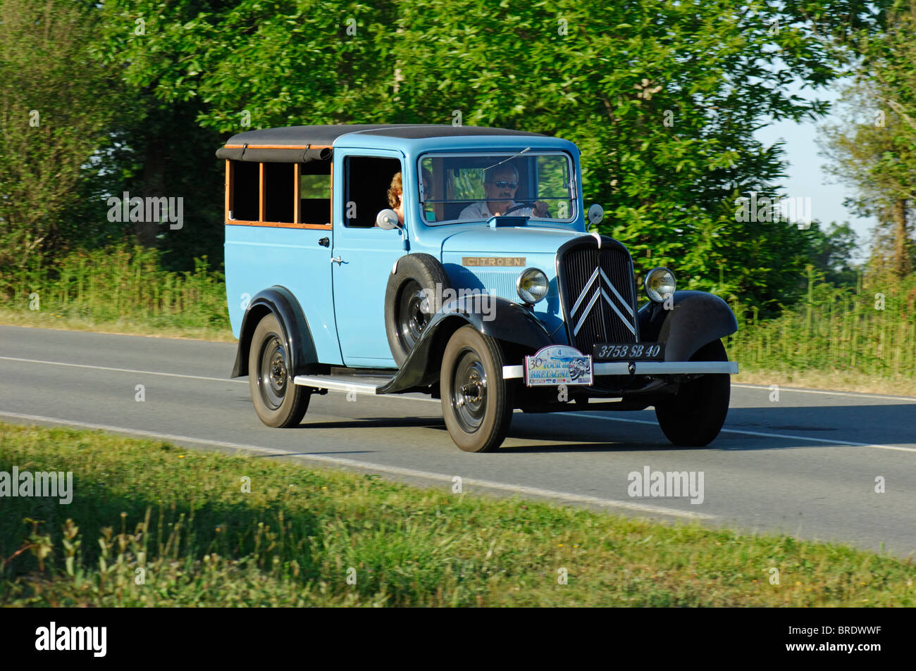 citroen rosalie 7u boulangere 1932 in the tour de bretagne classic stock photo royalty free. Black Bedroom Furniture Sets. Home Design Ideas