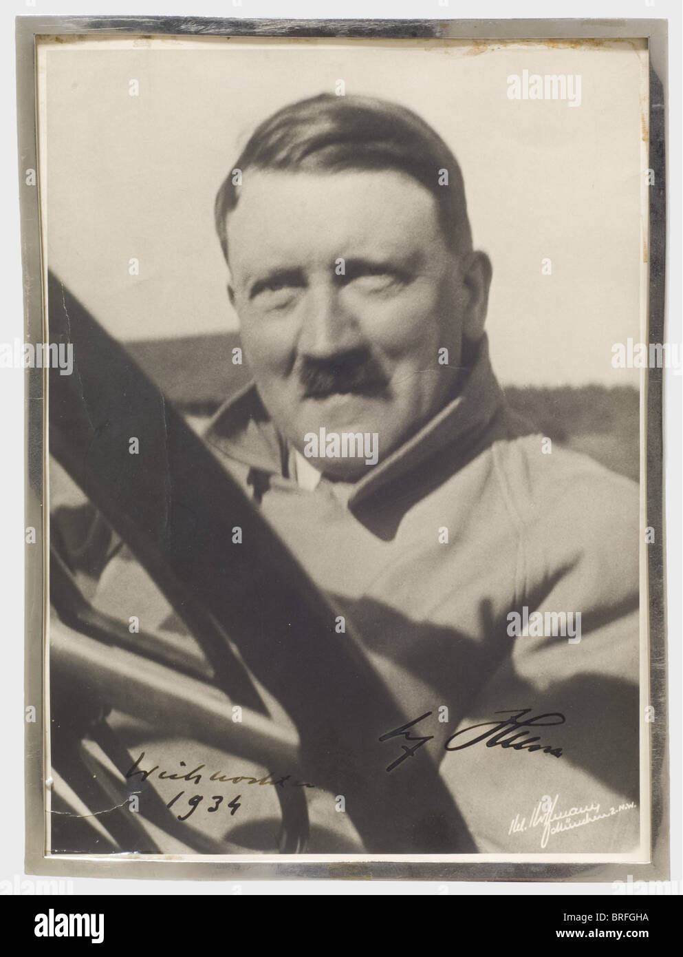 adolf hitler autograph signature and date in thick. Black Bedroom Furniture Sets. Home Design Ideas