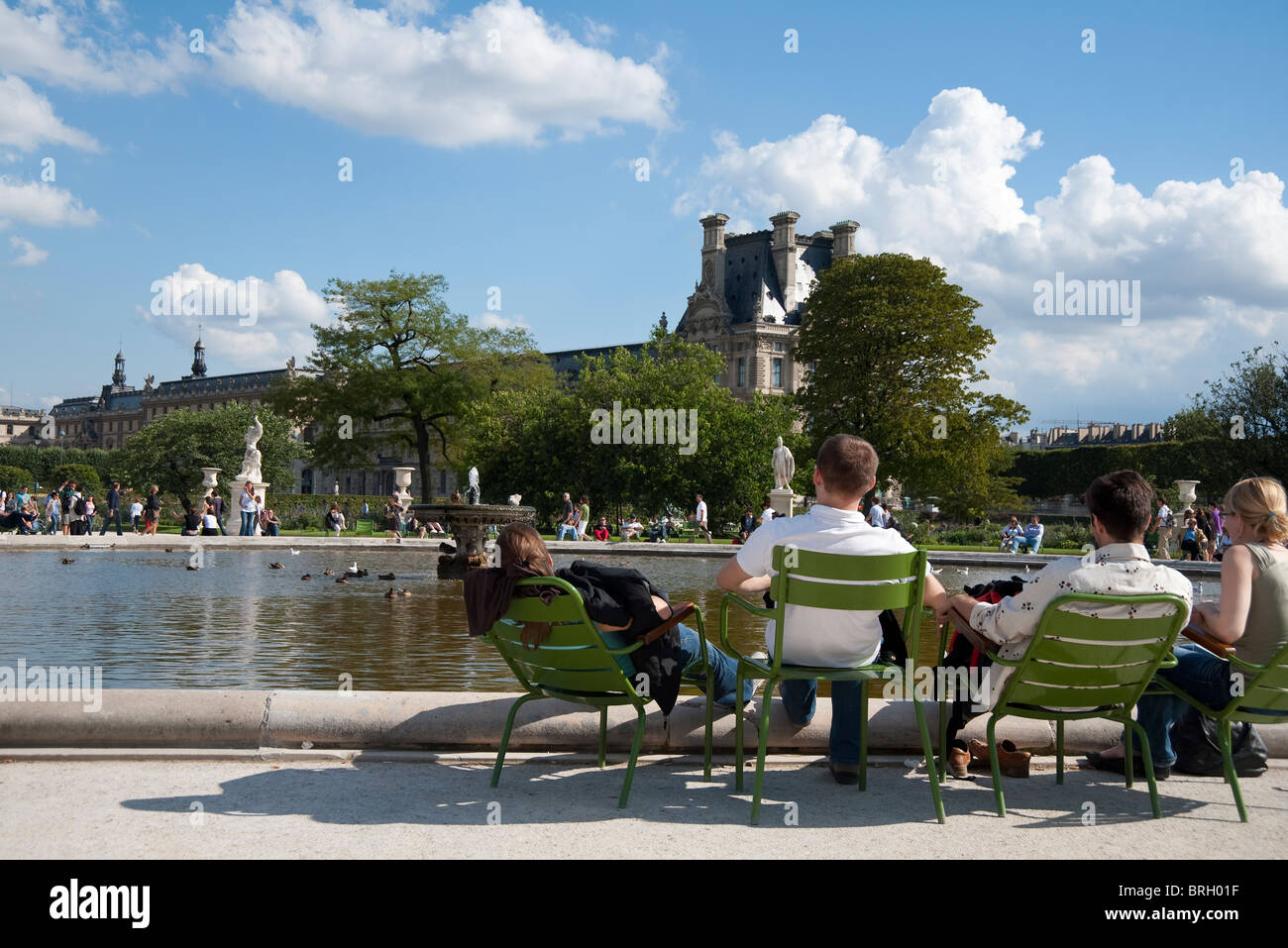 People in jardin des tuileries stock photo royalty free for Jardin des tuileries