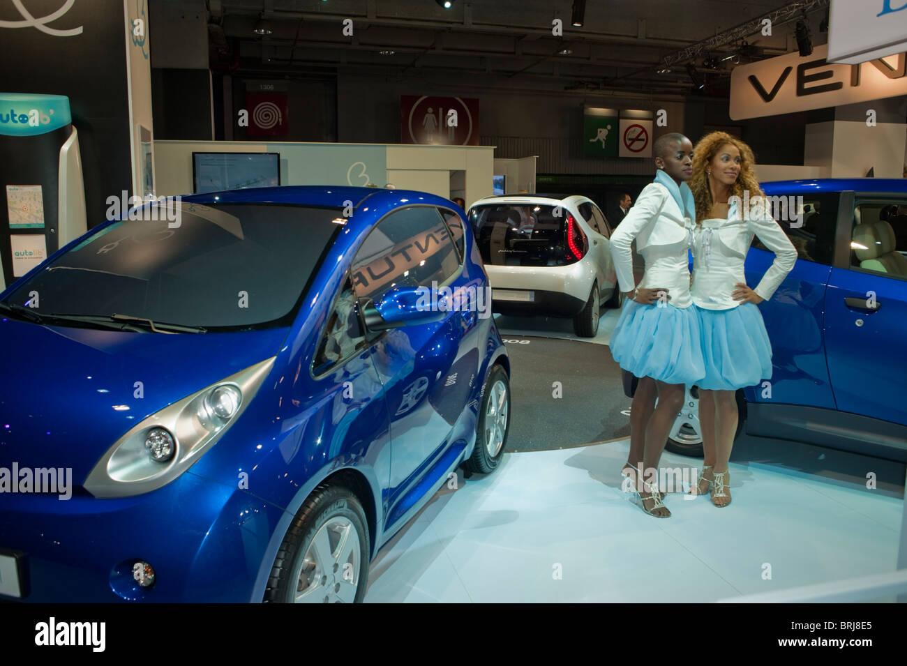 Paris, France, Self-Service, Electric Car Scheme, Bolloré, Bluecar ...