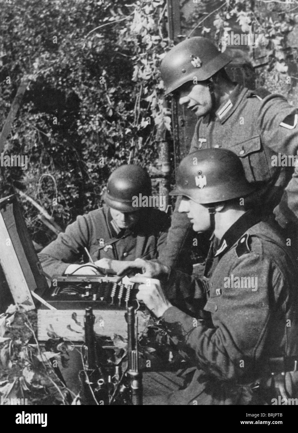 ENIGMA MACHINE In Use By Germany Army During WW2