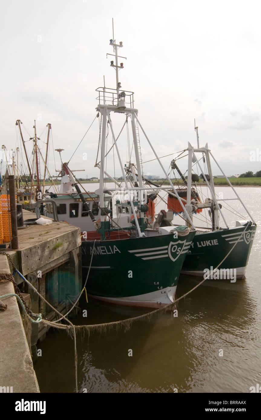 Fishing boats trawlers inshore in shore boat kings lynn for Inshore fishing boats