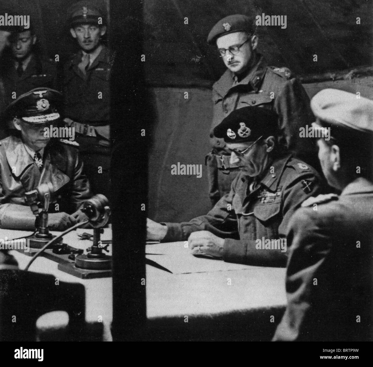 an analysis of unconditional surrender of the german forces in world war i A summary of the fall of germany in history sparknotes's world war ii (1939–1945)  or section of world war ii (1939–1945) and what it means  german forces .