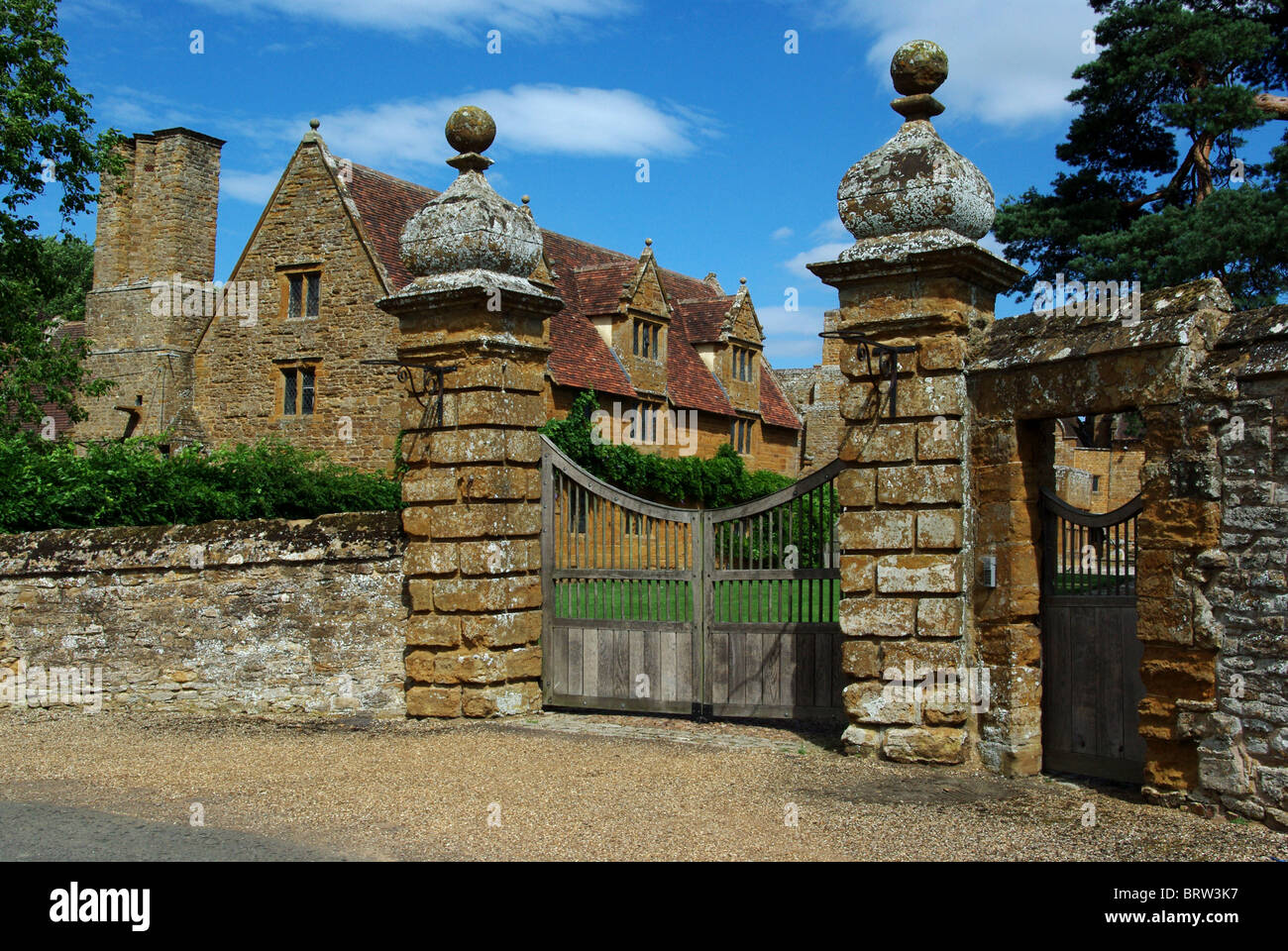The manor house at ashby st ledgers northamptonshire for Ashby house