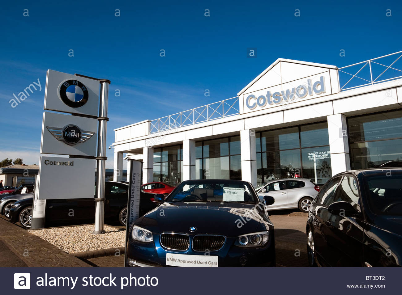 Bmw mini cotswold car dealership in cheltenham uk used for Garage bmw gard