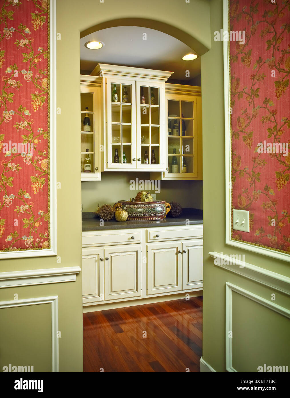 Kitchen Alcove Kitchen Alcove Cabinets Stock Photo Royalty Free Image 32134912