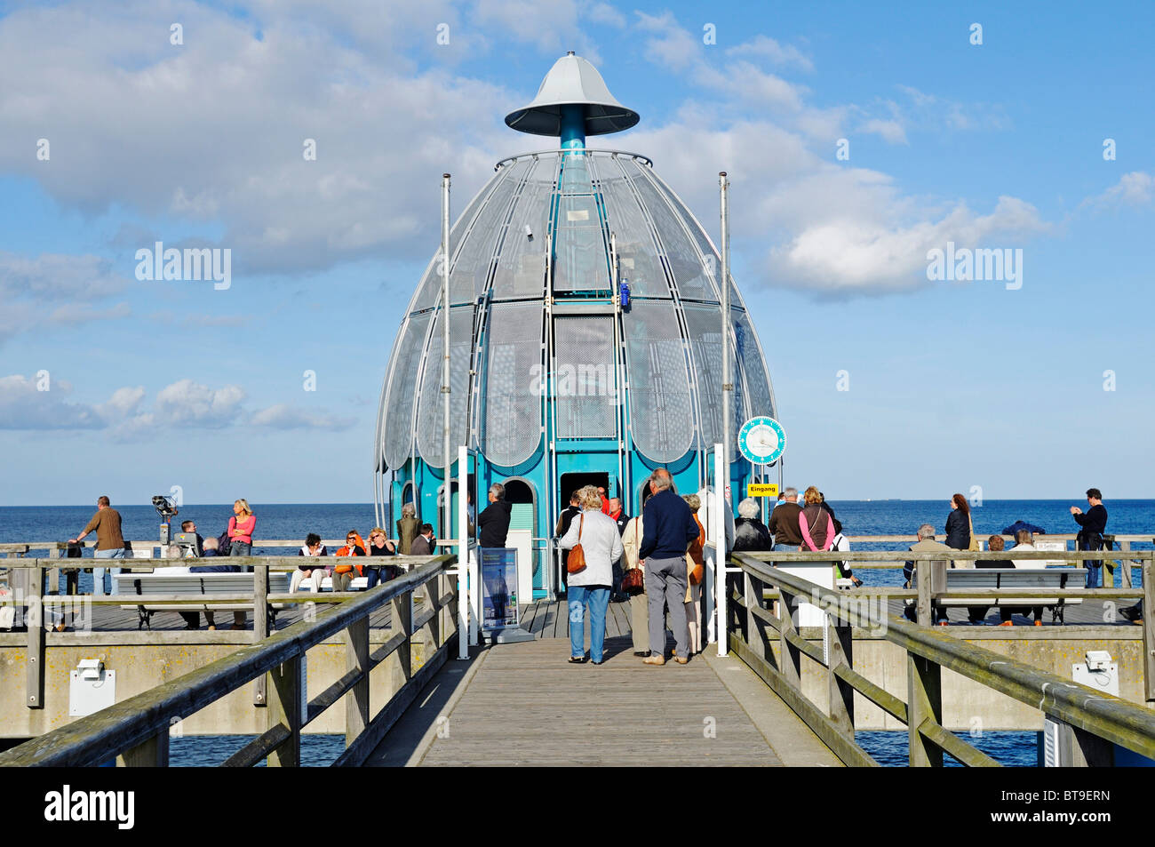 Diving bell at the pier in the baltic resort sellin for Sellin rugen