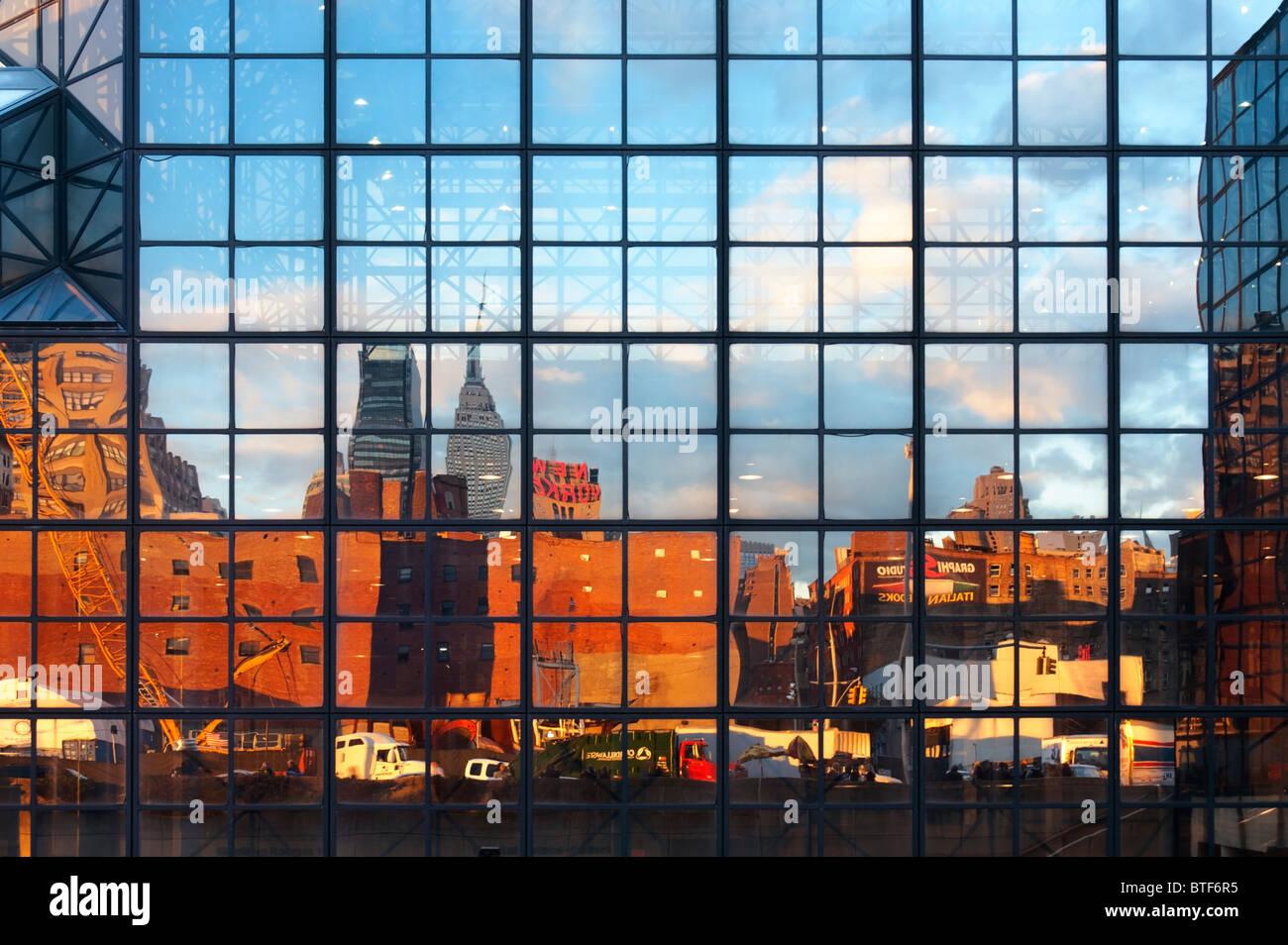 javits-center-vast-windows-facade-reflec