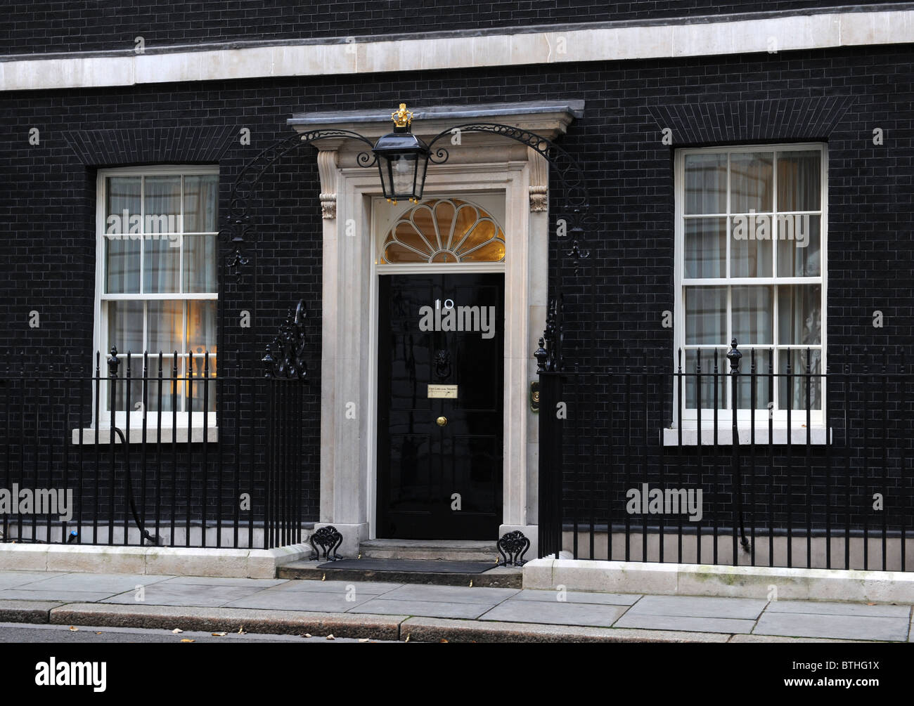 Exterior of 10 downing street london home of the prime for Front door 10 downing street