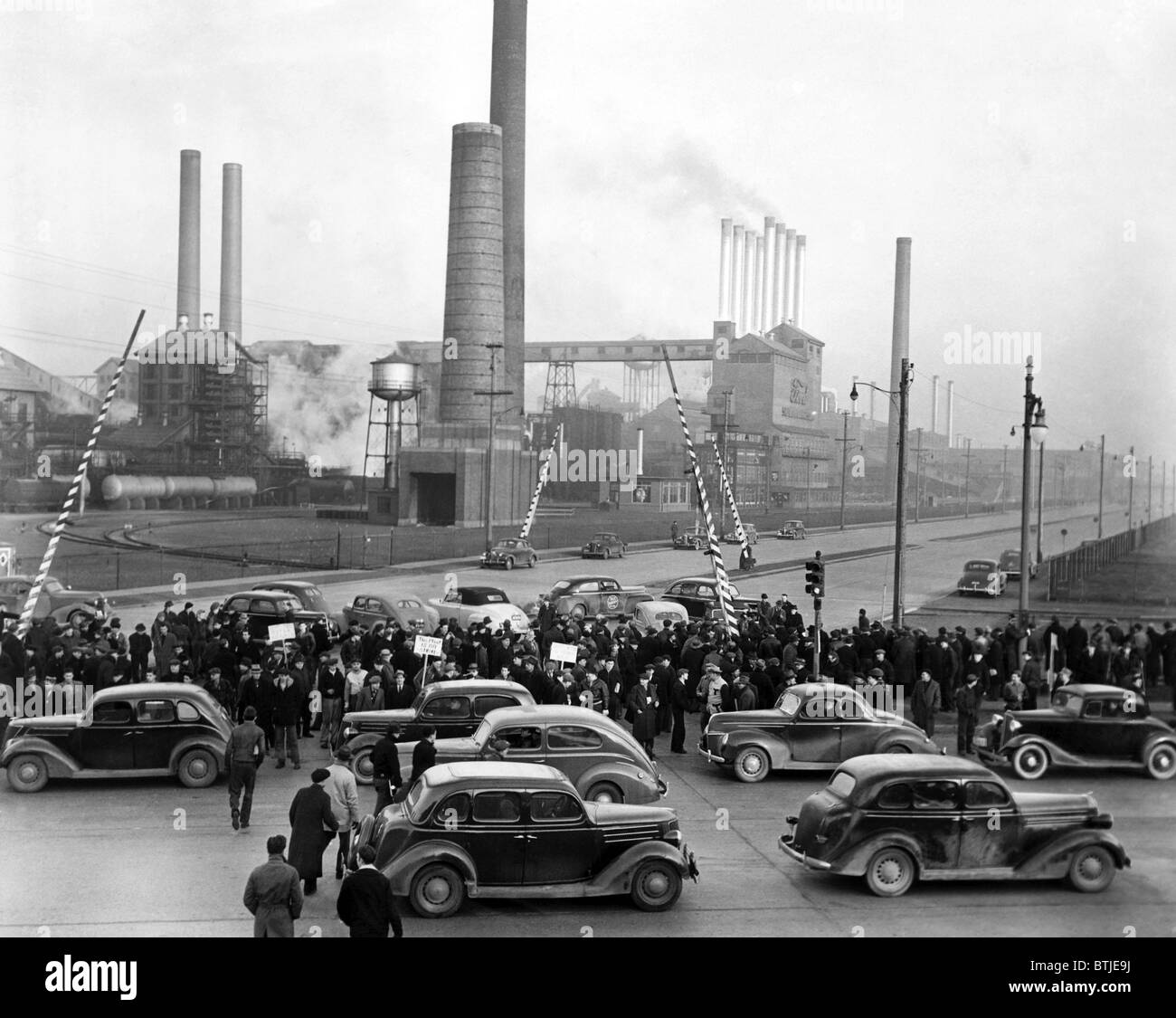 Strikers at the ford motor company factory april 2 1941 for Ford motor company stock