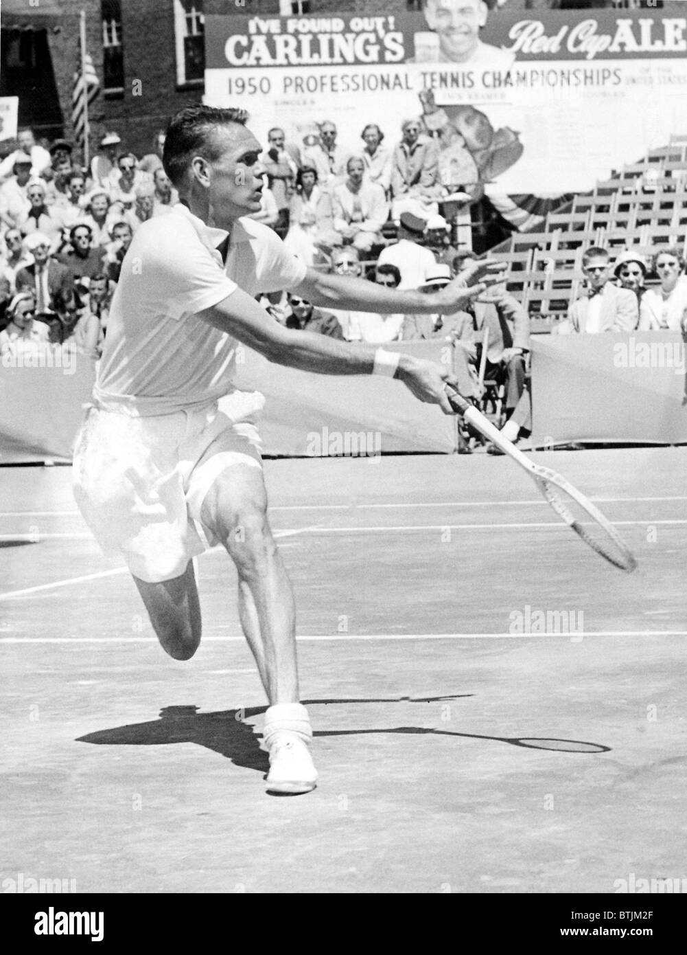 Tennis champion Jack Kramer playing against Pancho Francisco
