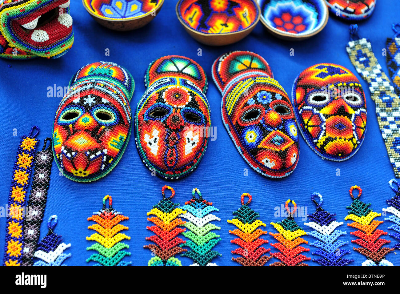 Mexican hand craft for sale at the art market in san angel for Mexican arts and crafts for sale
