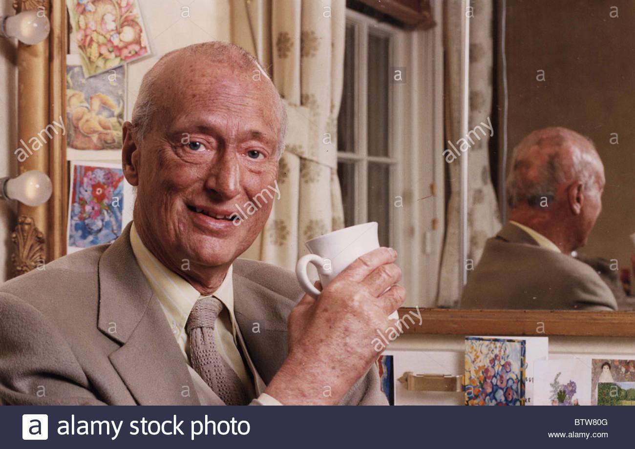 Paul Eddington Actor Personality Stock Photo Picture And