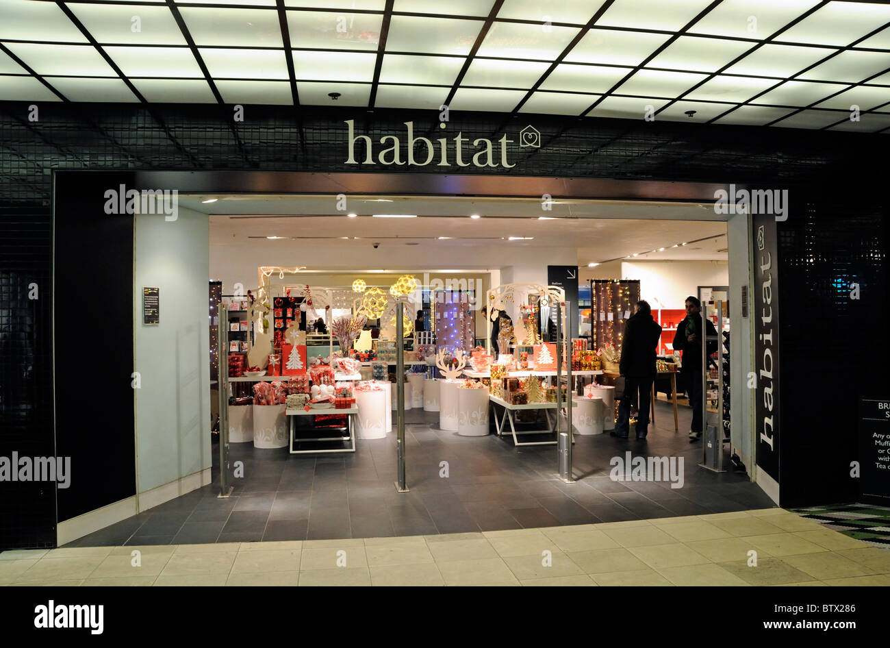 Entrance to habitat store in tottenham court road with for Habitat outlet