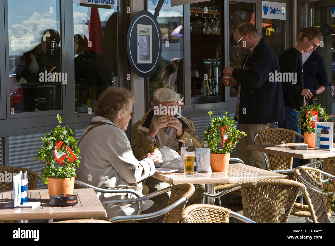 seafood house mobile al with Stock Photo Elderly Couple Dining At Outdoor Restaurant Patio Hamburg Port 32536783 on Masterbilt Dd88 Ice Cream Dipping Cabi  225 Cu Ft Freezer 1500 26556945 as well Maps further papasplacedaphne furthermore Trending G30472 T0 Dauphin Island Alabama in addition Spanish Fort Al.