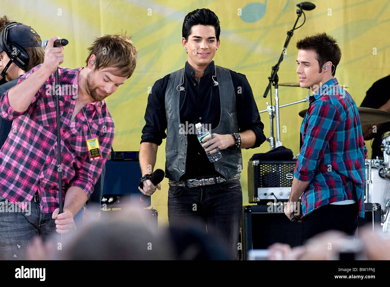 Good Morning America Performances : Good morning america concert with american idol stock