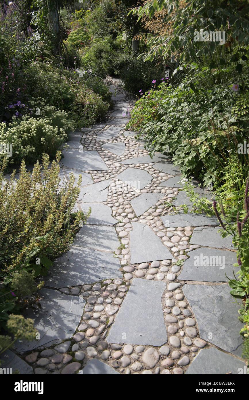 stone slate path garden stock photos & stone slate path garden