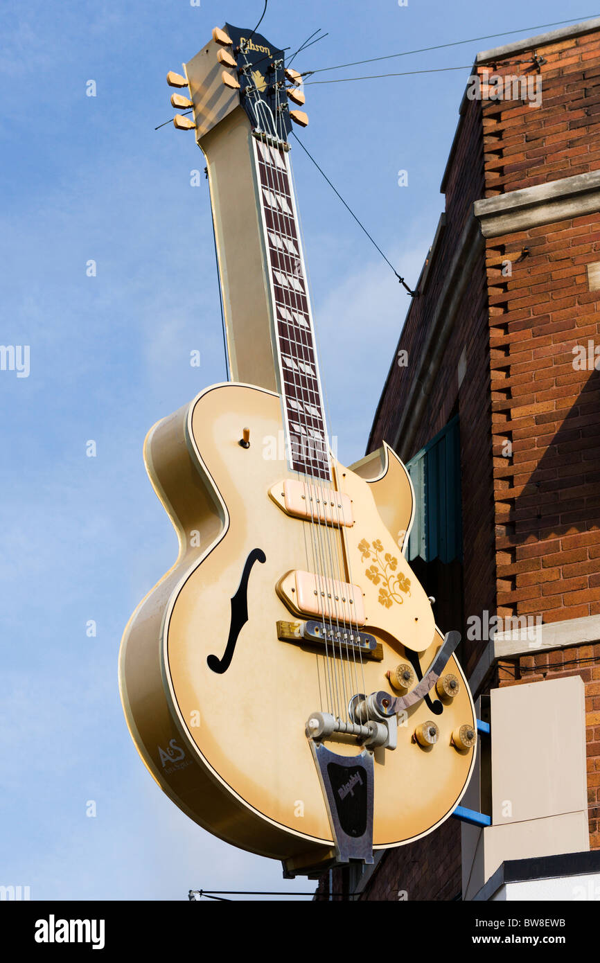 Giant Gibson Guitar Outside The Historic Sun Studio On Union Avenue Memphis Tennessee USA