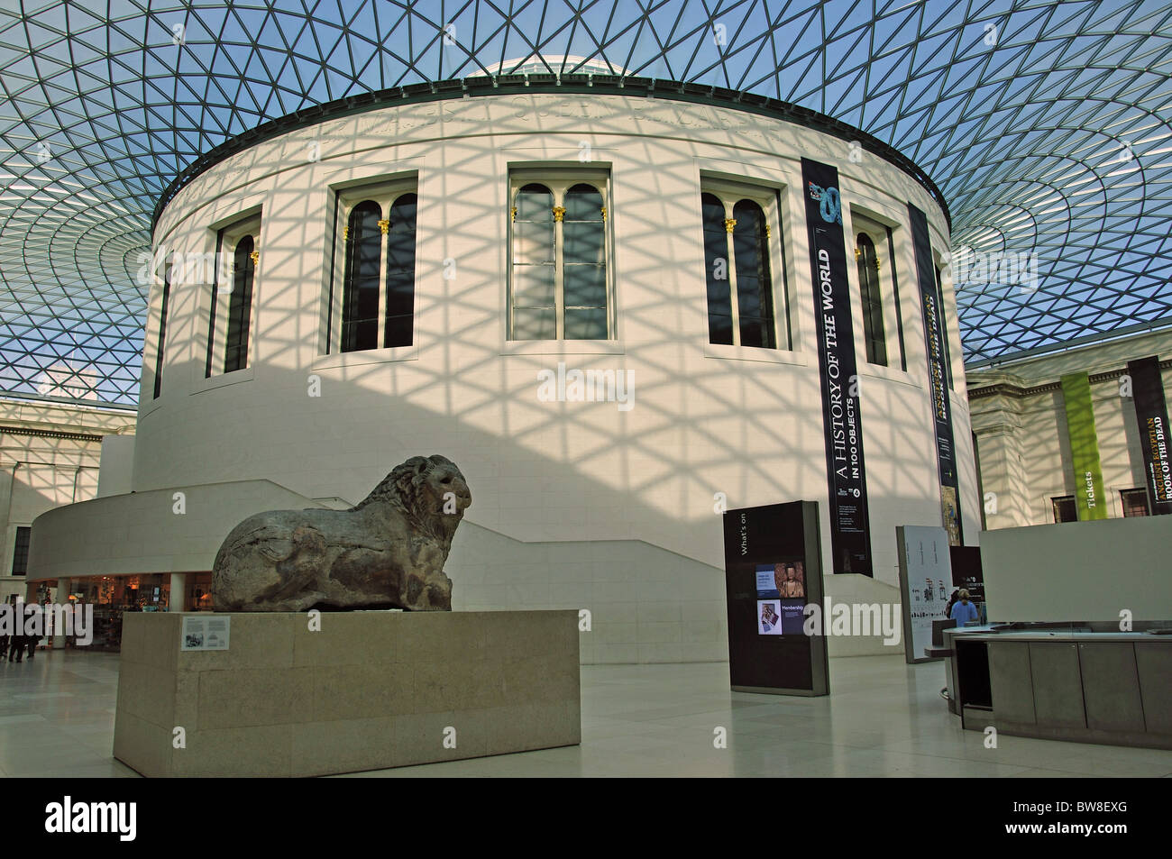 The Great Court Showing Lion Of Knidos The British Museum Great - Great museums in us