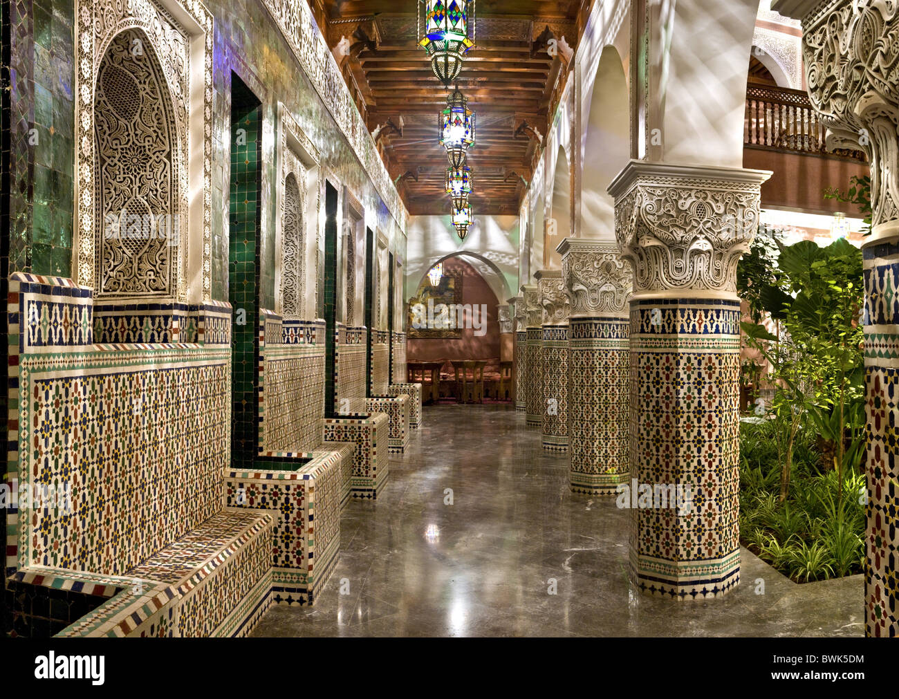 Interior courtyard riad la sultana luxury hotel marrakech stock photo roy - Photo riad marrakech ...