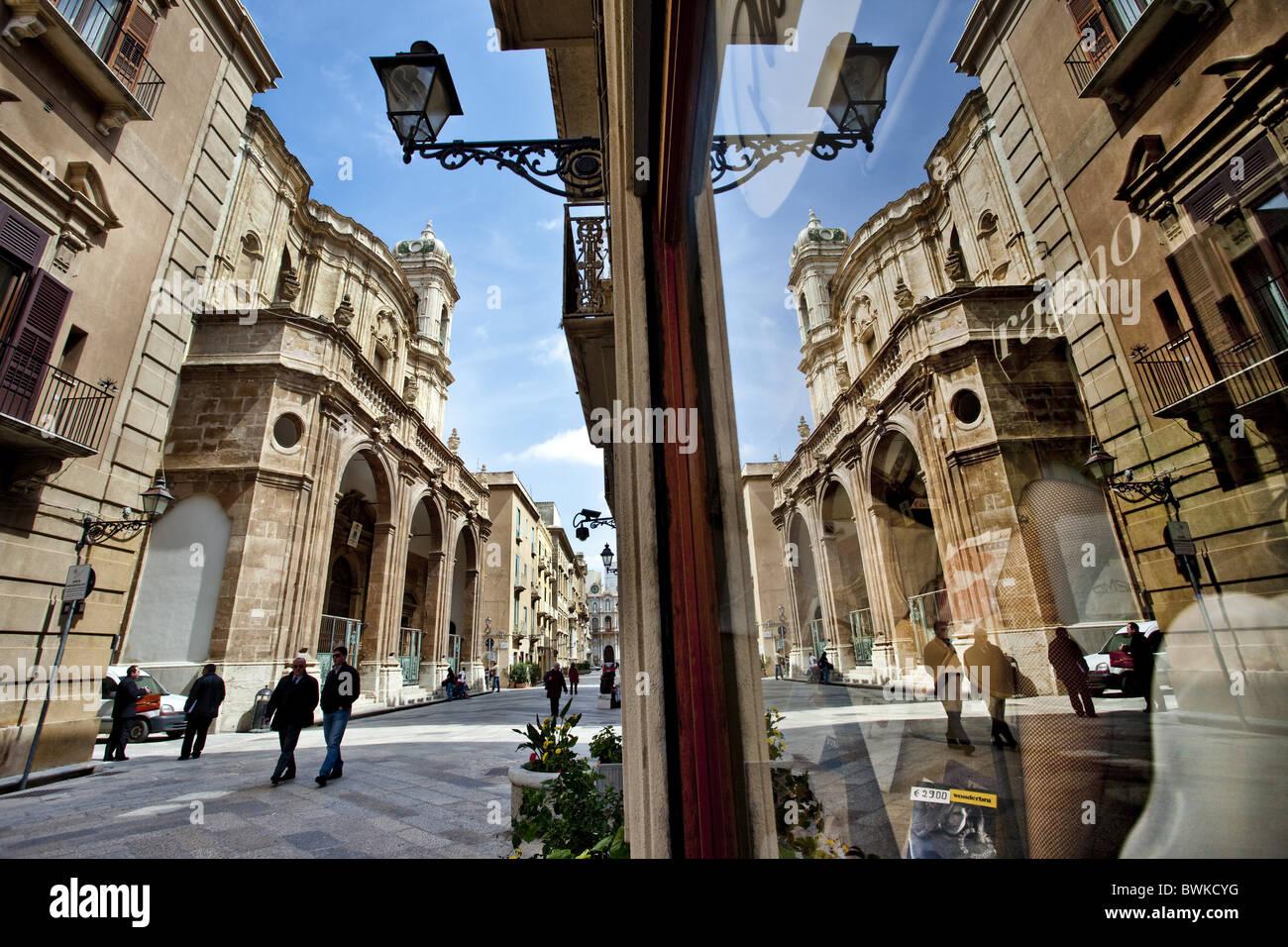 Corso vittorio emanuele cathedral san lorenzo trapani for Corso arredatore d interni catania