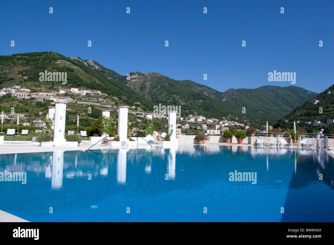 Ravello caruso luxury hotel pool amalfi coast sun luxury for Hotels in ravello with swimming pool