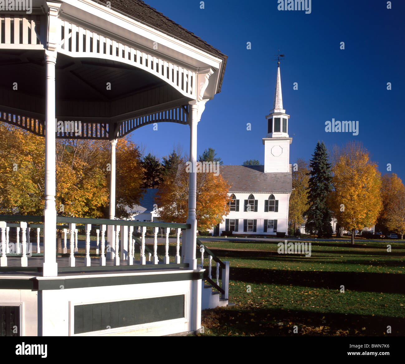Usa america united states north america indian summer for The smallest town in the united states