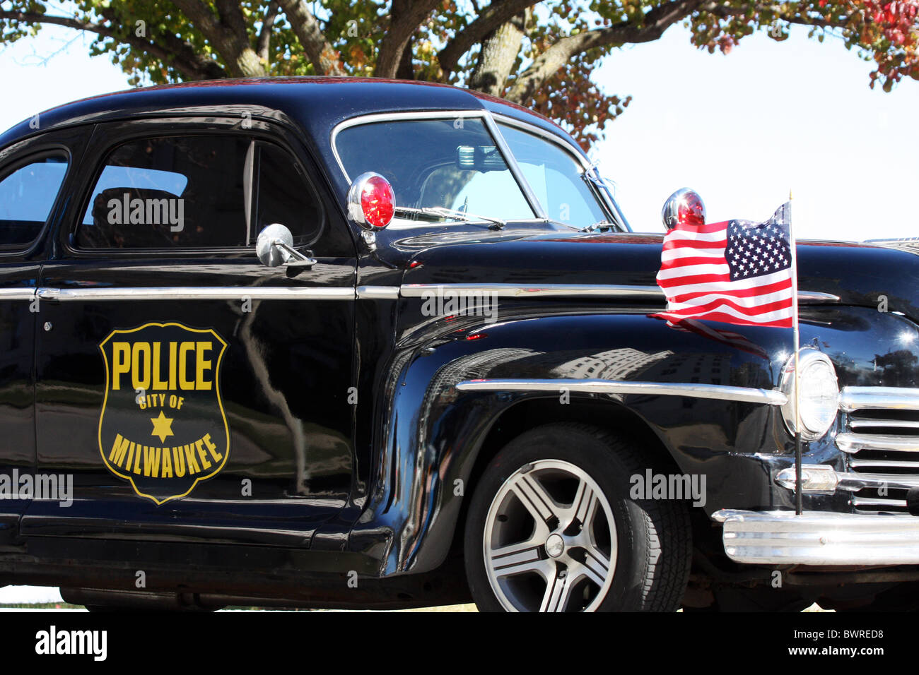 A vintage Milwaukee Police car in the Veterans parade in Milwaukee ...