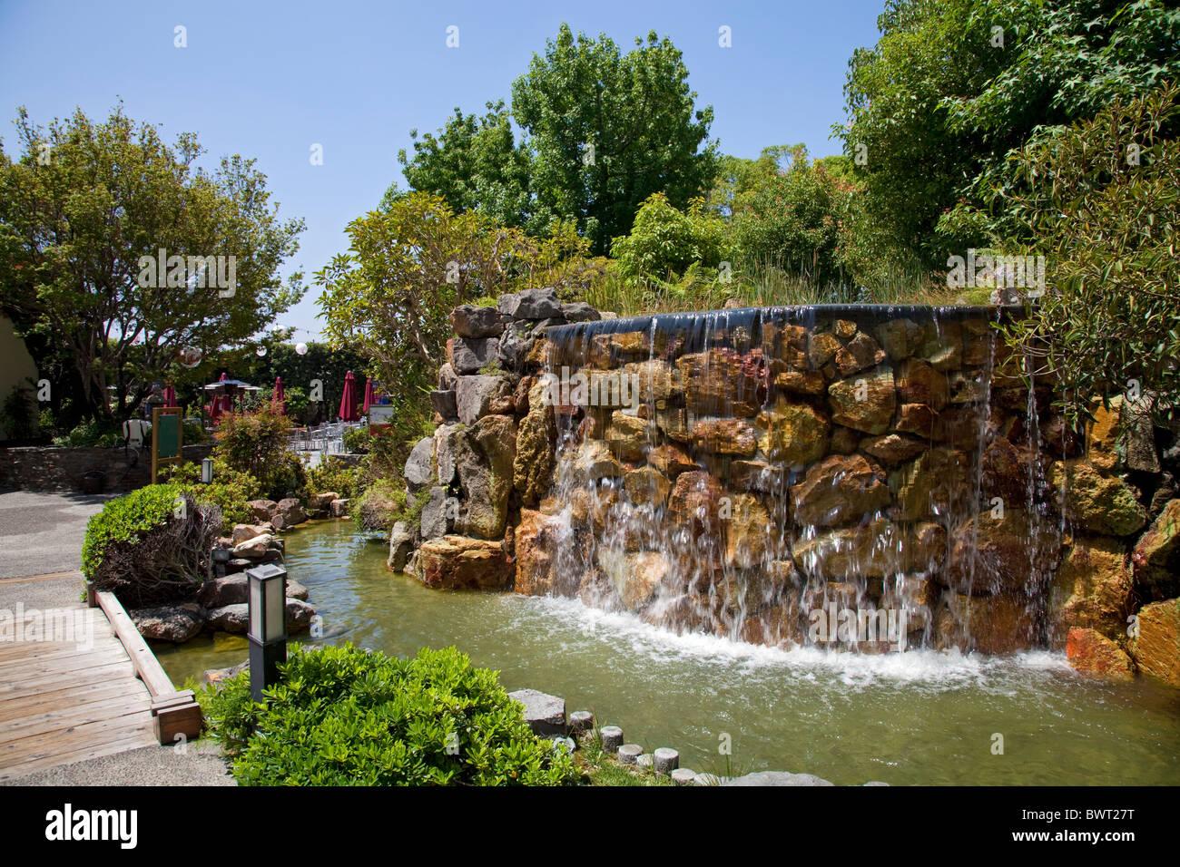 Kyoto grand hotel and gardens garden ftempo for Little japanese garden