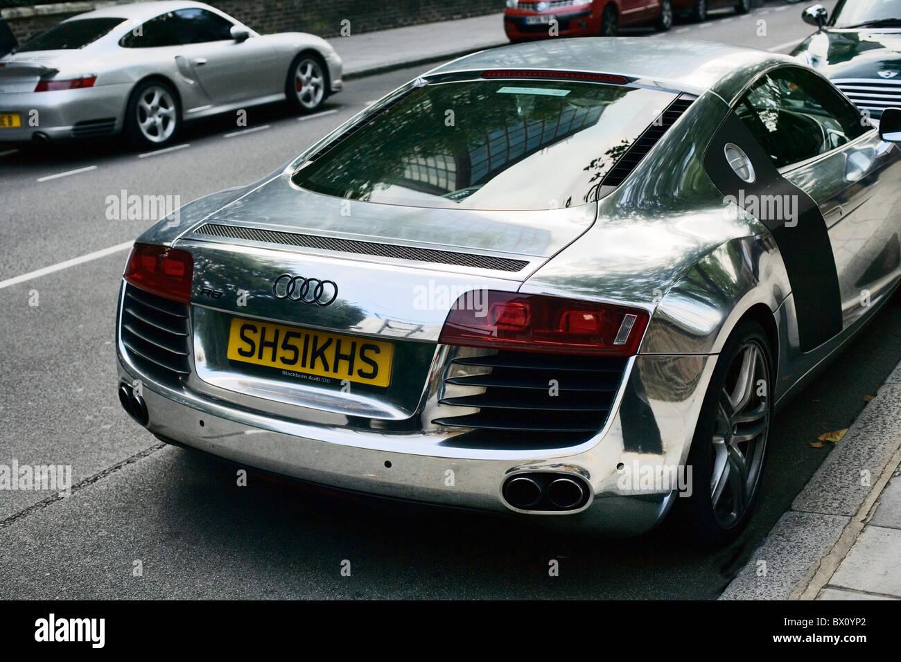 Audi R With Personalised Number Plates Paddington Street London - Audi car number
