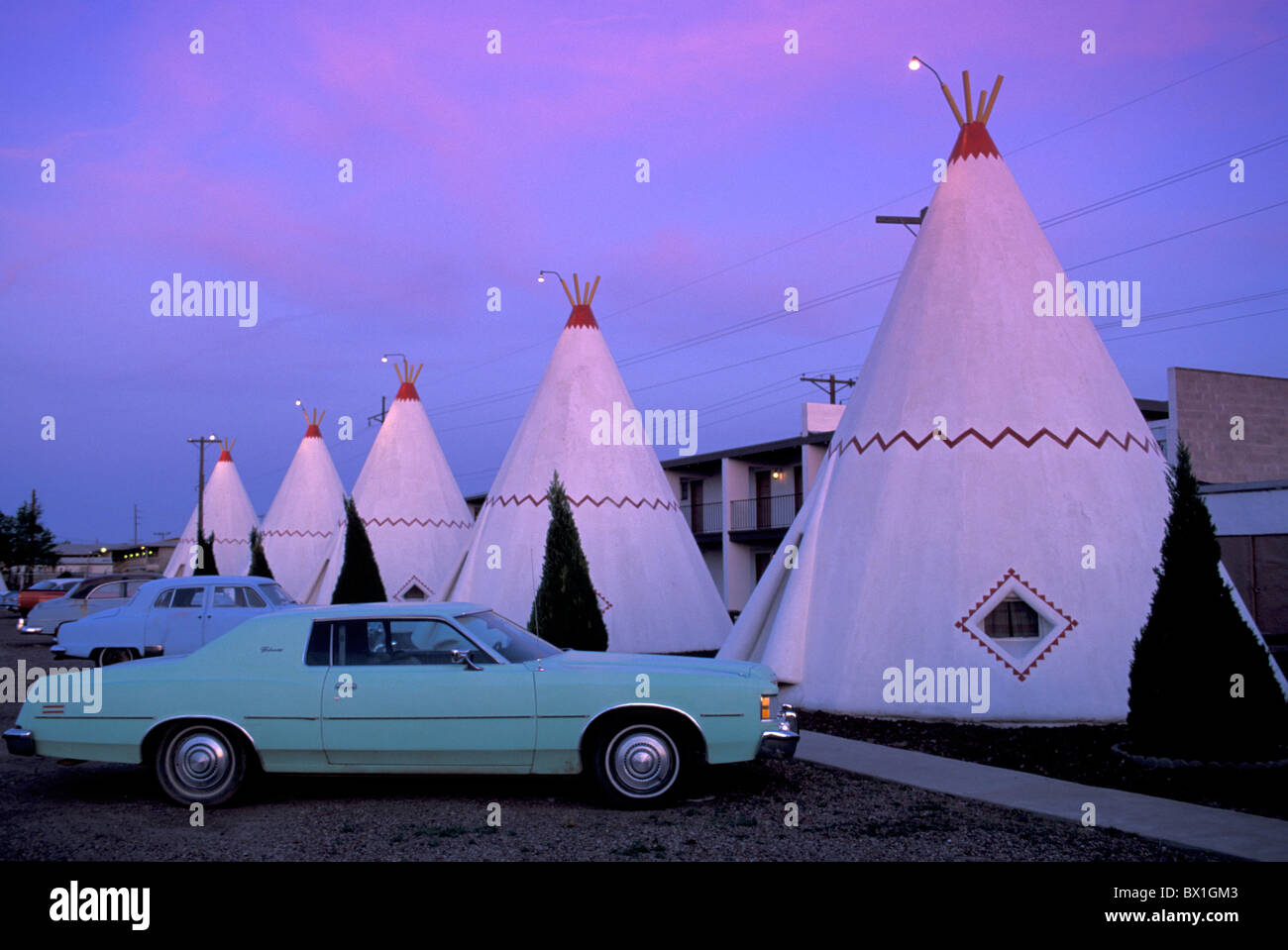 Arizona Holbrook Route 66 USA America United States Wigwam Motel native American tent tipi night outdoors : american tent - memphite.com