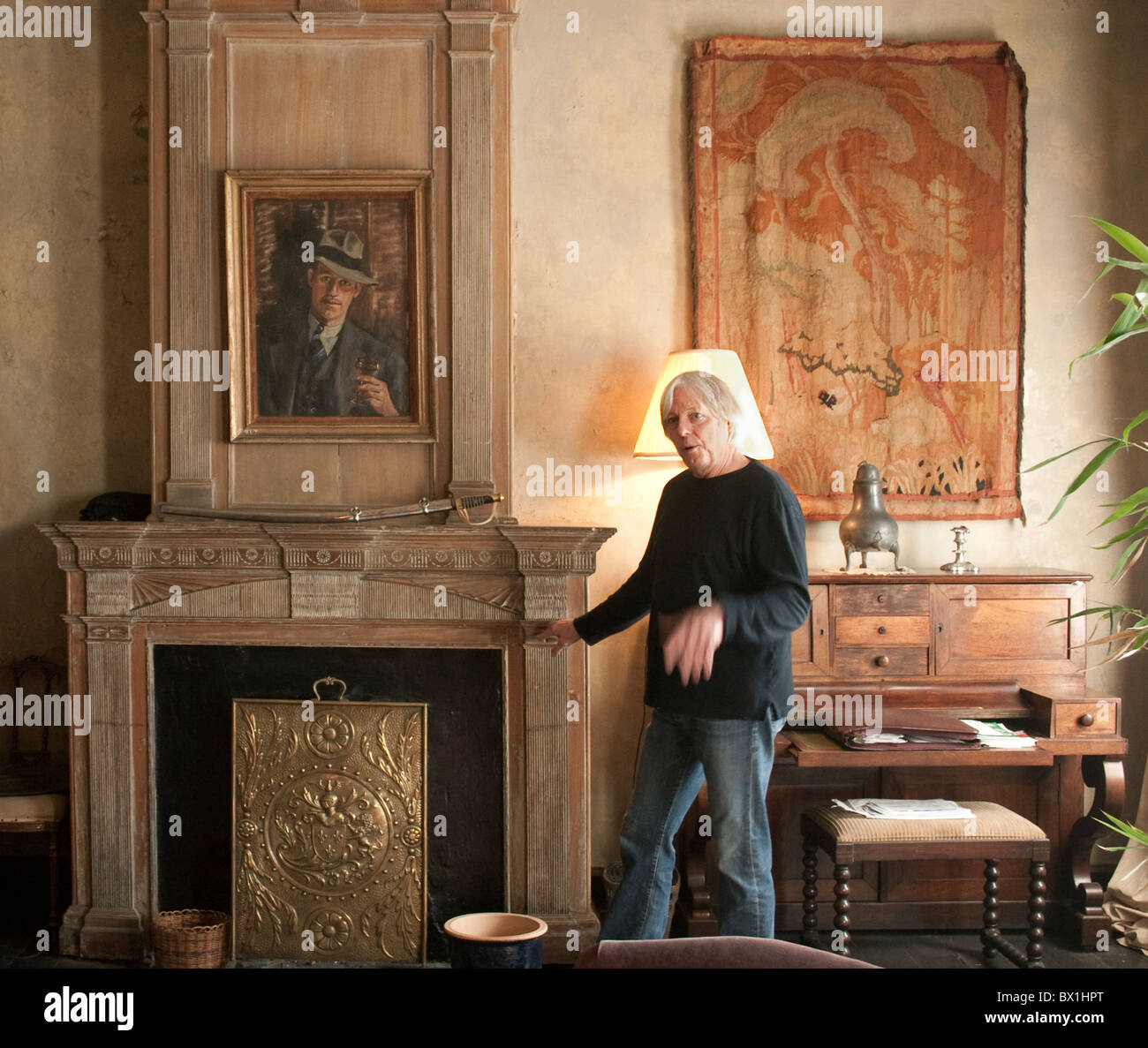 Renowned New Orleans Artist Peter Yokum In The Living Room Of His 18th  Century French Quarter Home. Part 87