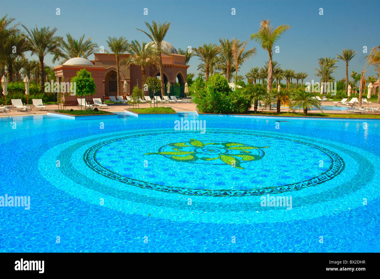 Emirate Palace Hotel Swimming Pool Swimming Pool Tourism Holidays Stock Photo 33246019 Alamy
