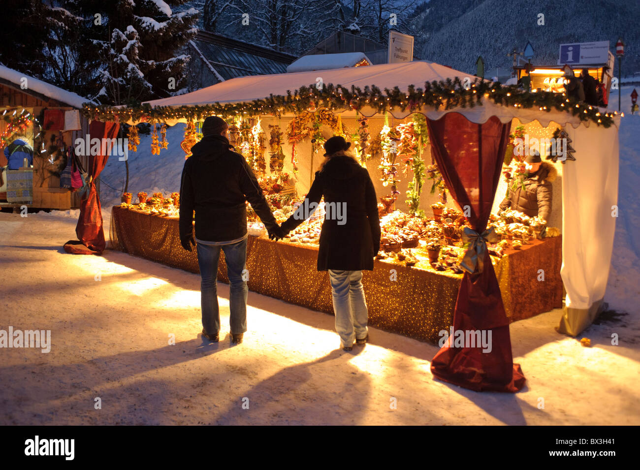 Traditional Christmas Market Gifts Stock Photos & Traditional ...