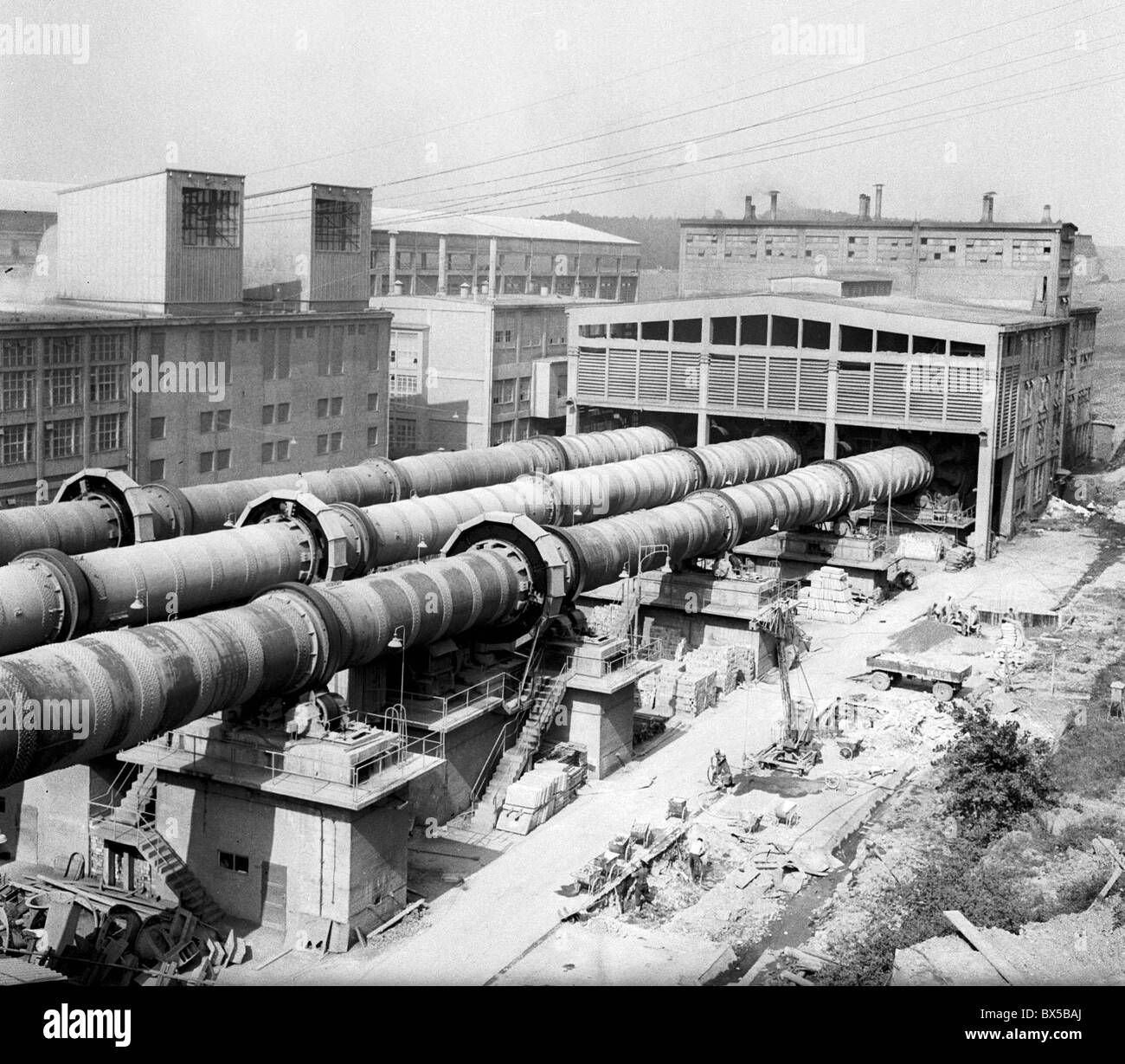Cement Plant Kiln : Meter feet long rotary kiln where cement is made