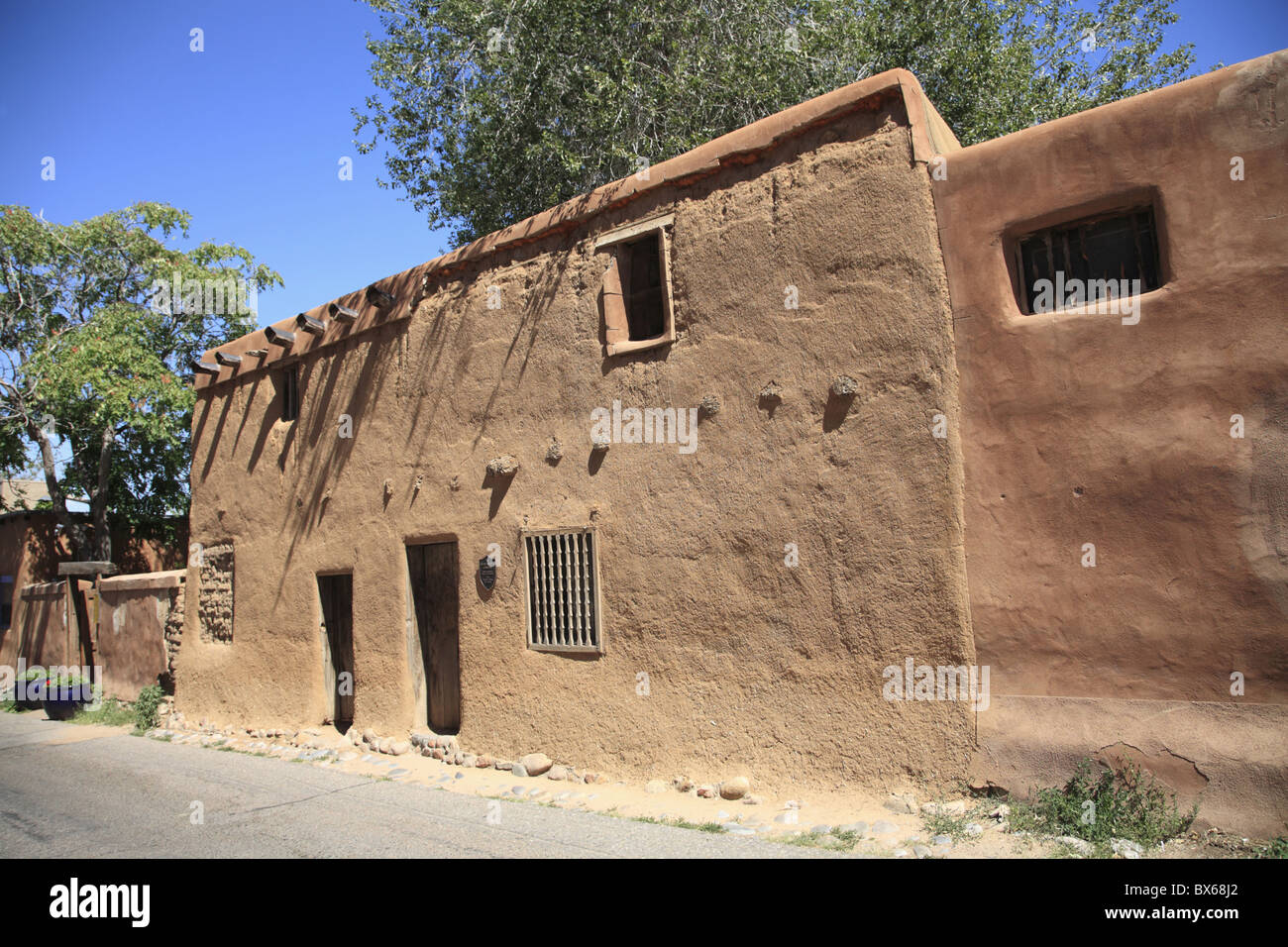 OLDEST HOUSE IN THE UNITED STATES SANTA FE NEW MEXICO USA Stock - Oldest museums in usa