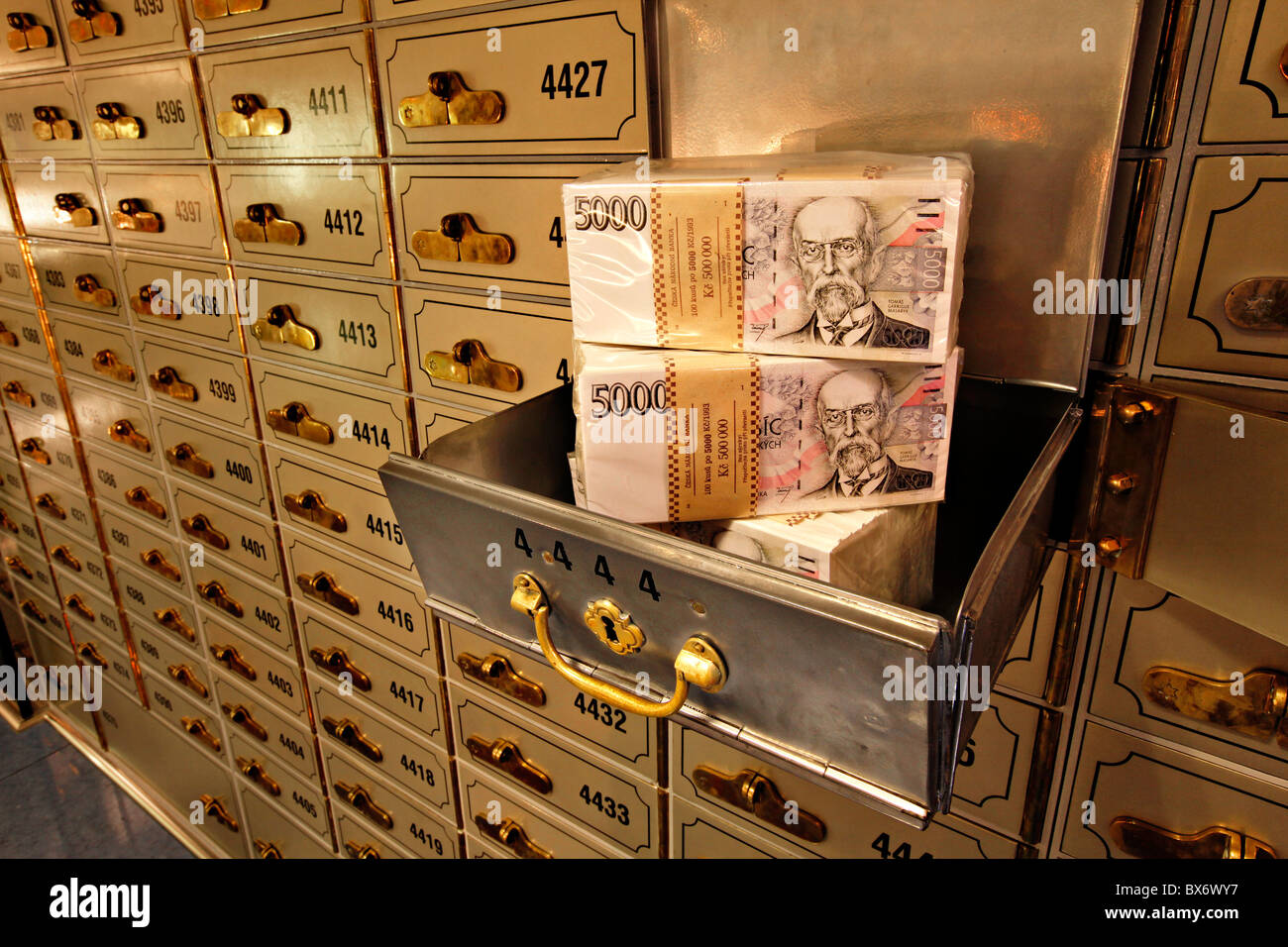 money banks safe wwwpixsharkcom images galleries
