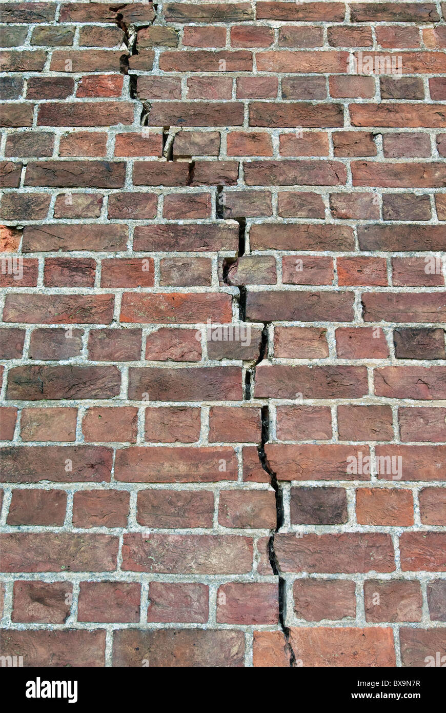 Cracks Caused By Subsidence Stock Photo 33405675 Alamy