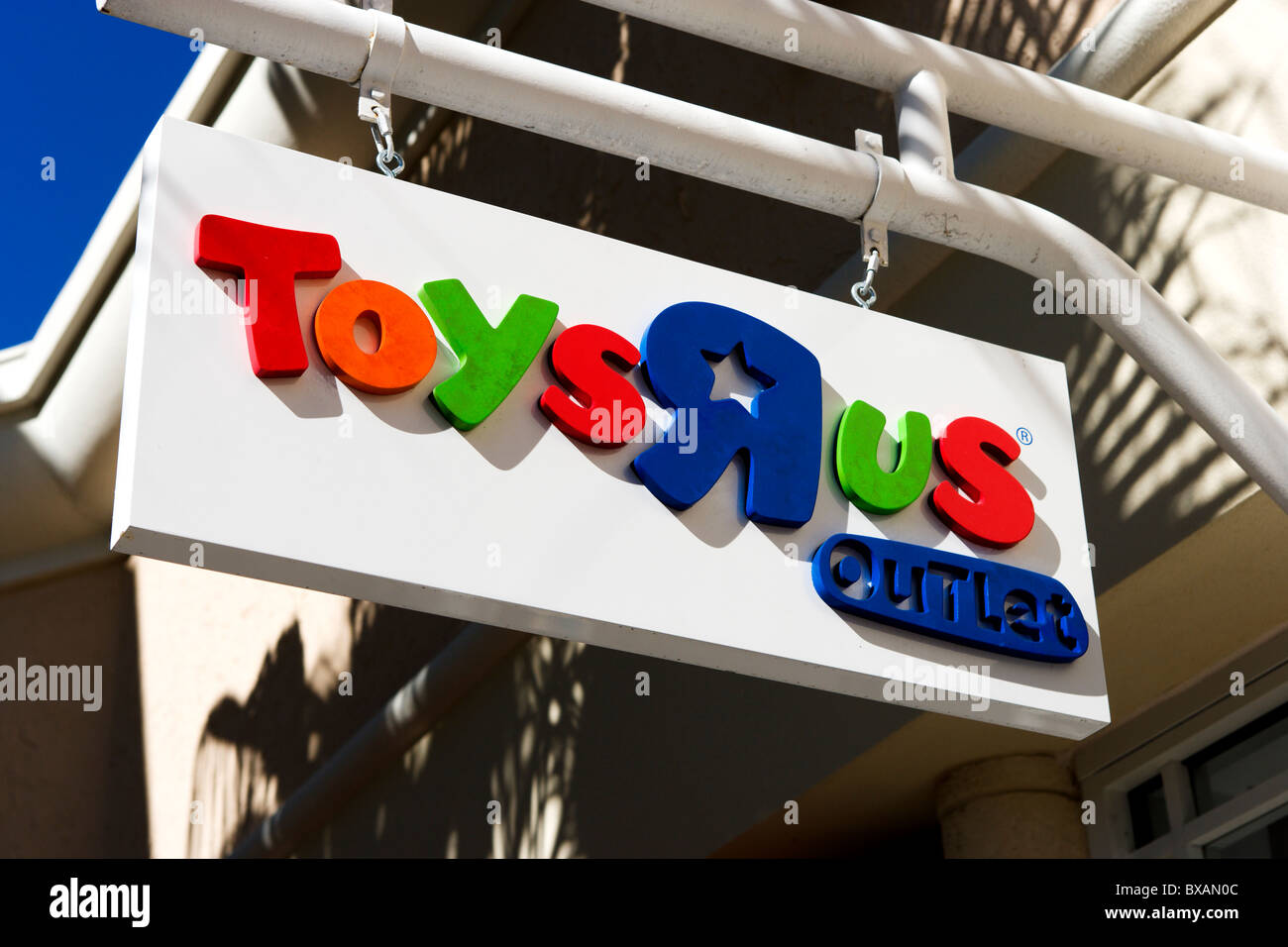 Toys Outlets 96