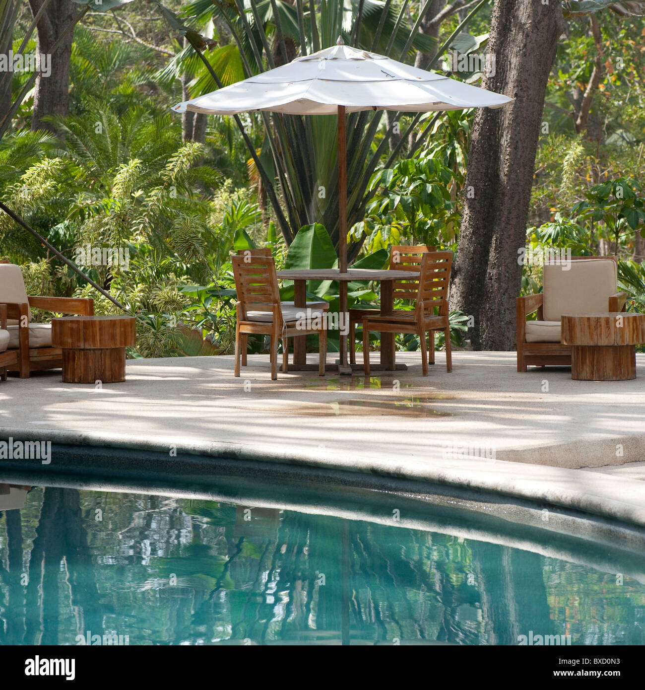 Poolside Table And Chairs In Costa Rica