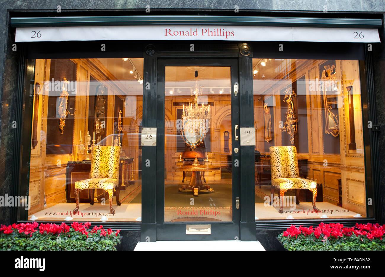 Ronald Phillips antique furniture store in Mayfair London  Ronald Phillips antique  furniture store in Mayfair. Antique Furniture North London   Kisekae Rakuen com