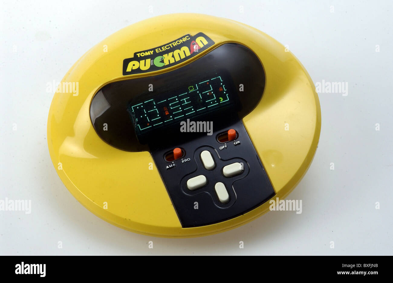 80s Electronic Toys : Toys tomy electronic puckman toy by