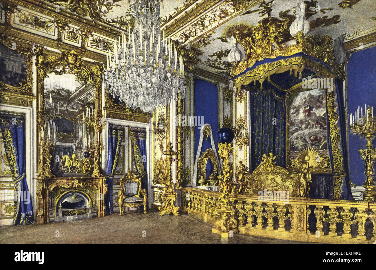 Geography / Travel, Germany, Herrenchiemsee Castle, Royal Bedroom, 1910,  Built By King Ludwig II, Louis, Pomposity, Pomp, Luxuri